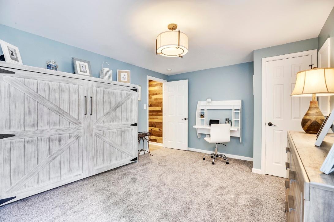 Lower Level-Bedroom-12I1314