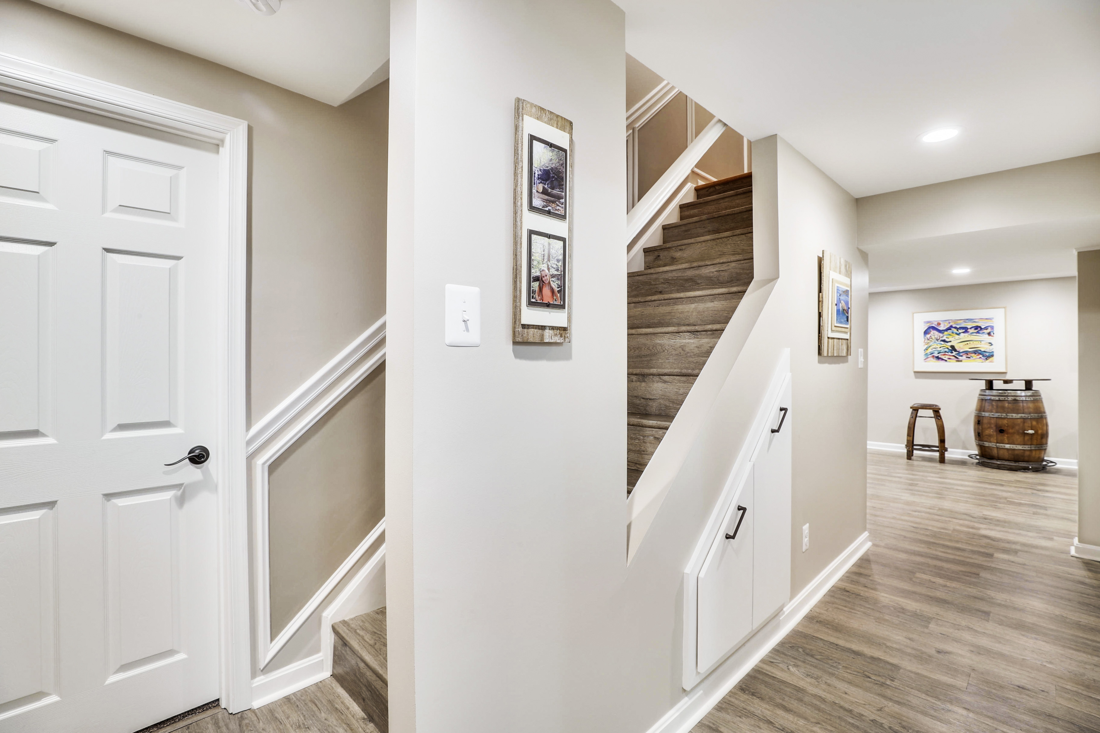 Lower Level-Stairs-12I1279