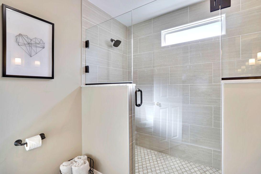 Main Level-Bathroom 1 - Shower-12I2383