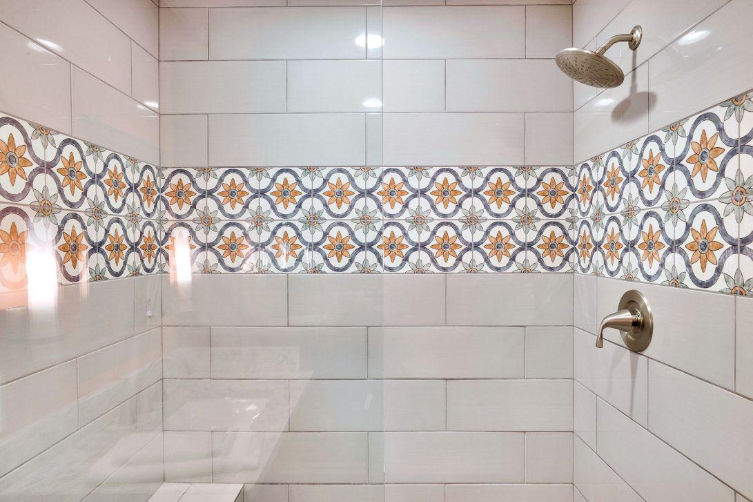 Main Level-Bathroom 2 - Shower-12I2433