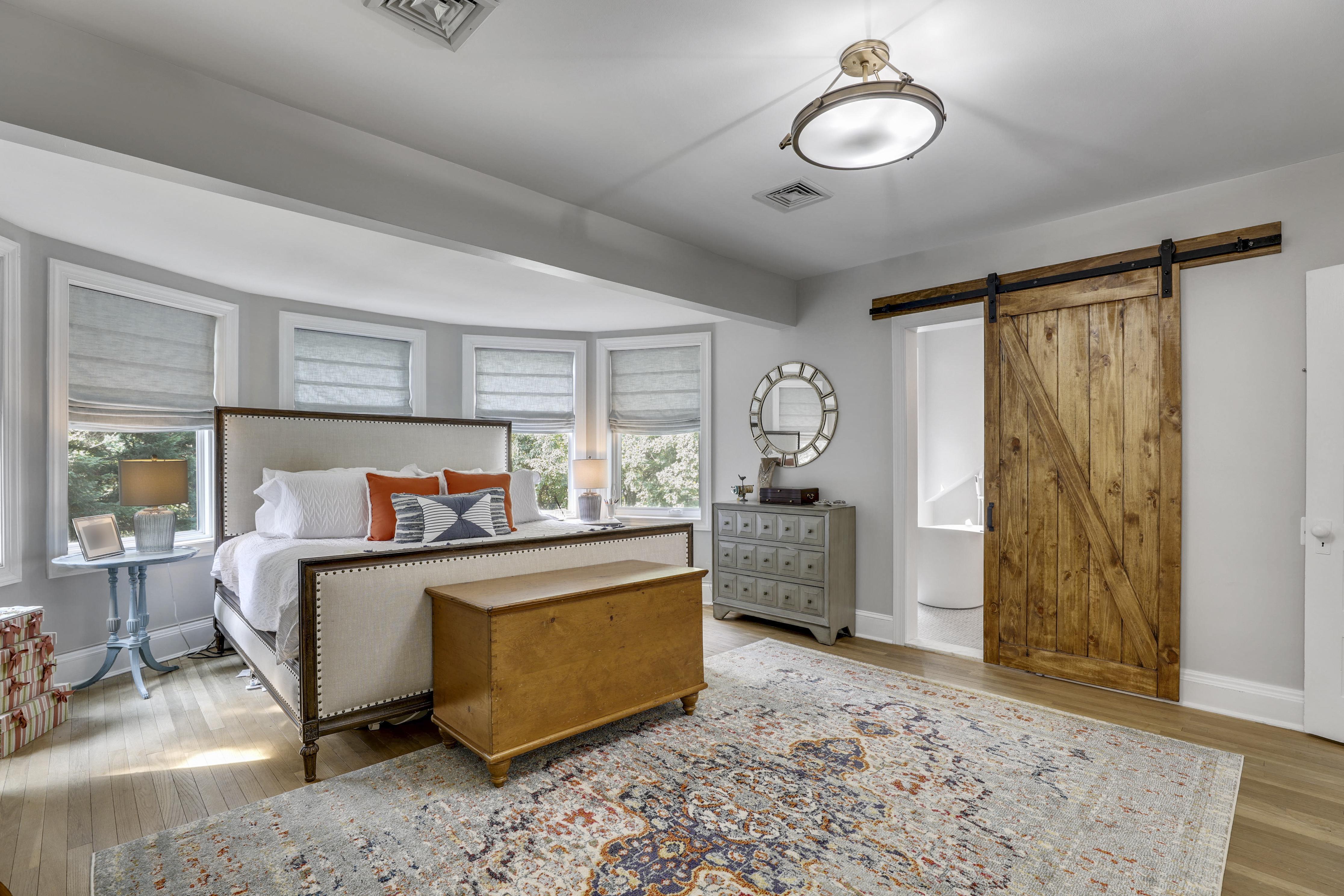 Main Level-Master Bedroom-S3A0106