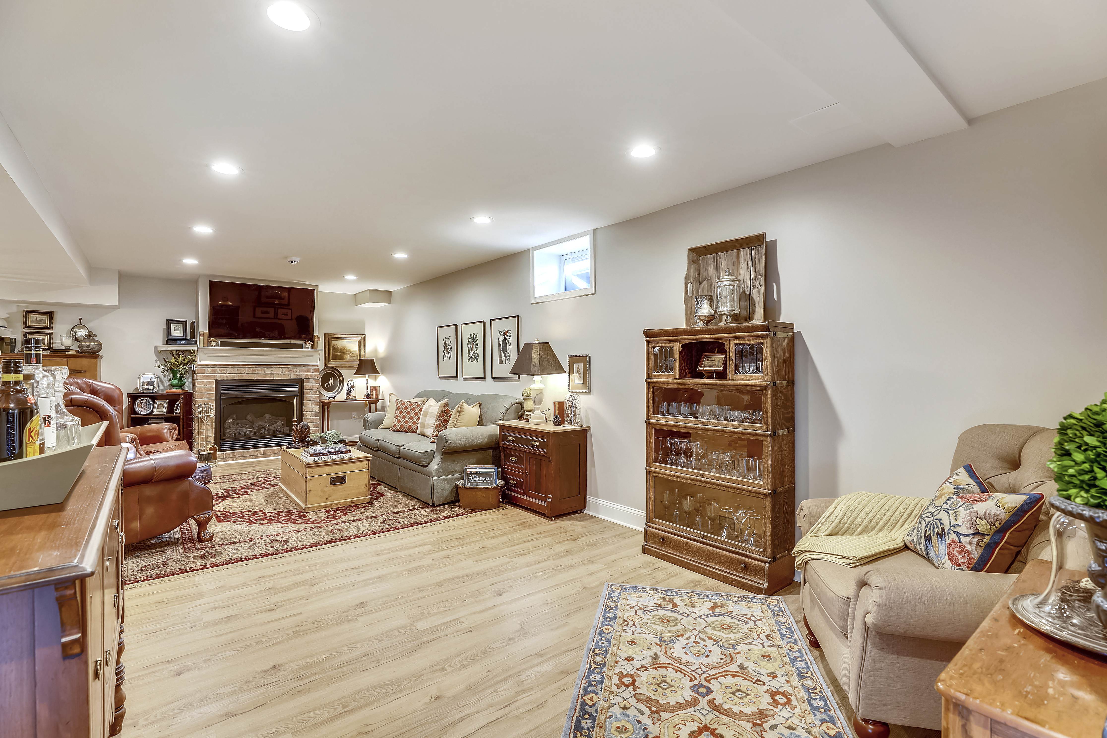 Lower Level-Recreation Room-S3A0116